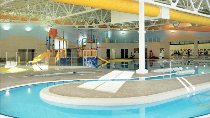 Aquatic center oviedo aquatic center for Sand hollow swimming pool st george