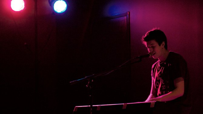 Jesse Wride, frontman and pianist for the band j.wride, took the stage at the Sterling R. Church Auditorium Friday to promote his band j.wride&#39;s upcoming EP Love on the Run, which he said will be available some time in November. 